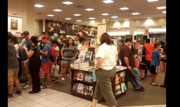 queue to buy book